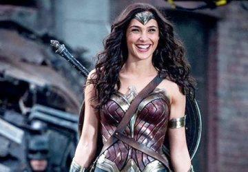 Wonder-Woman-Blooper-Reel-Video-Gal-Gadot-360x250.jpg